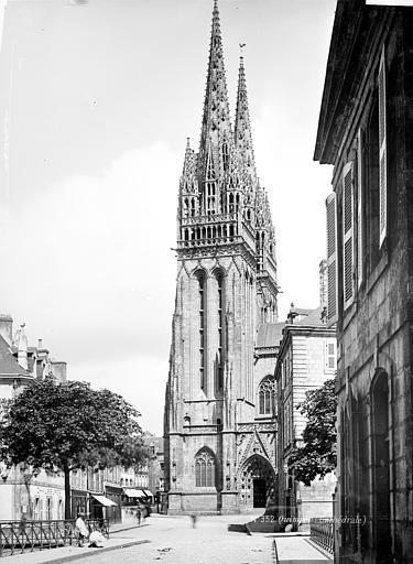 Cathédrale Saint-Corentin Façade sud : Tour clocher, Mieusement, Médéric (photographe),