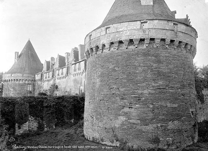 Château de Rohan Tour d'angle et façade ouest, Mieusement, Médéric (photographe),