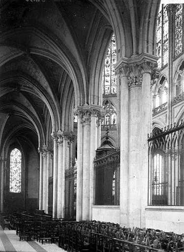 Cathédrale Saint-Gatien Choeur et déambulatoire, Enlart, Camille (historien),