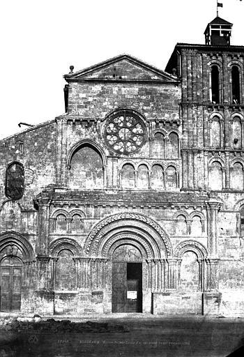 Eglise Sainte-Croix Façade ouest, Le Gray, Gustave ; Mestral, Auguste (photographe),