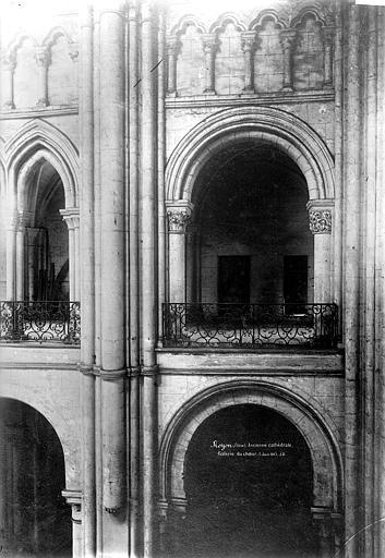 Cathédrale (ancienne) Galerie du choeur, Durand, Eugène (photographe),
