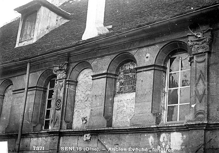 Evêché (ancien) , Durand, Eugène (photographe),