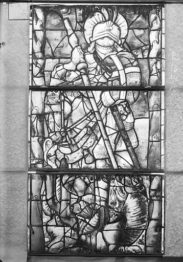 Eglise Saint-Gengoult Vitrail de la façade ouest, cinquième lancette à gauche 13, 14, 15, Romanais (photographe),