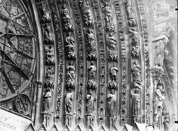 Cathédrale Notre-Dame Portail ouest, porte centrale, voussure droite, partie inférieure, Lajoie, Abel,
