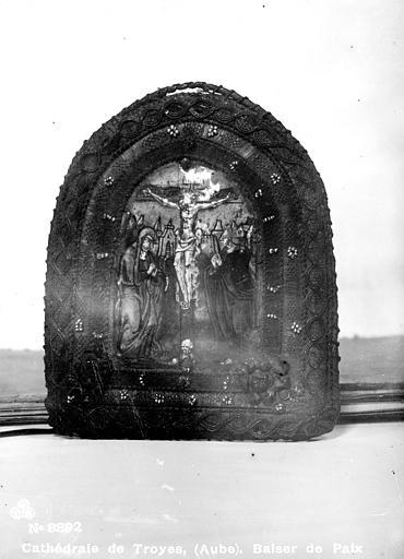 Cathédrale Saint-Pierre , Robert, Paul (photographe),