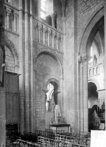 Abbaye aux Dames (ancienne), Eglise Sainte-Trinité Vue intérieure du transept sud, Heuzé, Henri (photographe),