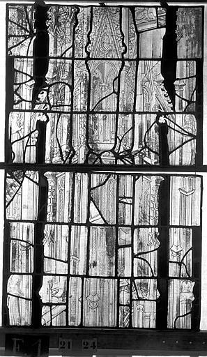 Eglise Saint-Maclou Vitrail, chapelle des Quatre Confessionnaux, troisième panneau droit, Heuzé, Henri (photographe),
