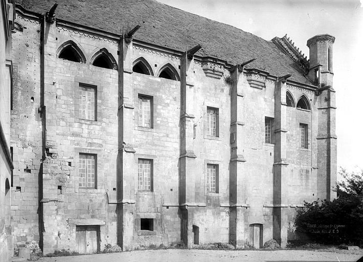 Abbaye aux Hommes (ancienne) Salle des Gardes : Façade latérale, Durand, Jean-Eugène (photographe),