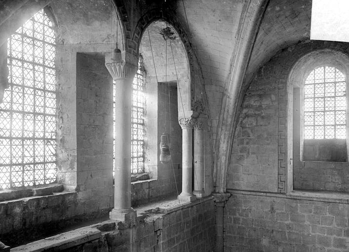 Abbaye aux Hommes (ancienne) ; Eglise abbatiale Saint-Etienne Vue intérieure du transept nord : fenêtres hautes, Heuzé, Henri (photographe),