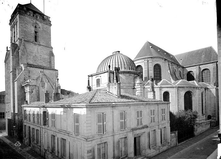 Cathédrale Saint-Louis Ensemble nord-est : tour Saint-Barthélémy et abside, Mieusement, Médéric (photographe),
