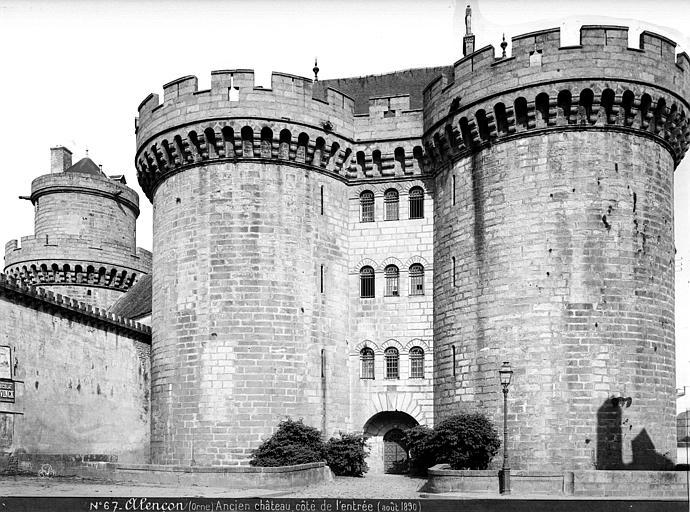 Château (ancien) Côté, vue de l'entrée, Mieusement, Médéric (photographe),