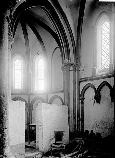 Eglise Choeur: absidiole, Enlart, Camille (historien),