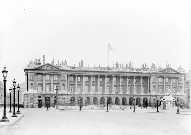 Hôtel Saint-Florentin (ancien) ; Hôtel de Talleyrand ; Consulat des Etats-Unis Grande façade, à droite de la rue Royale, Durand, Eugène (photographe),