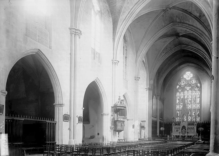 Eglise Saint-Jean de Malte Nef vue de l'entrée, Enlart, Camille (historien),