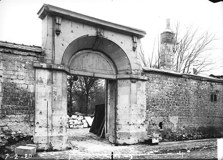 Portail des Congeaux , Verneau, G.,