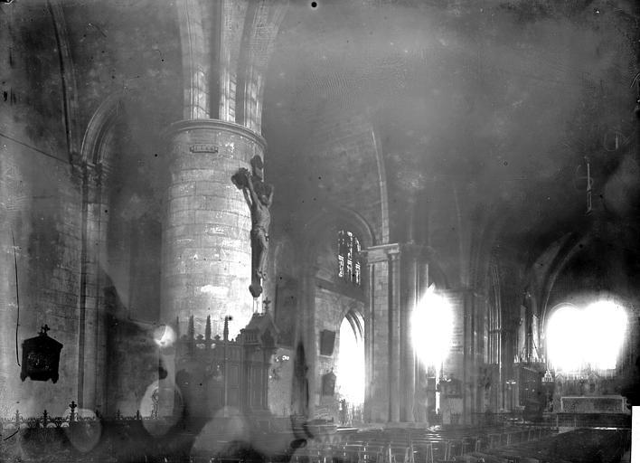 Eglise Saint-Seurin Intérieur, Enlart, Camille (historien),