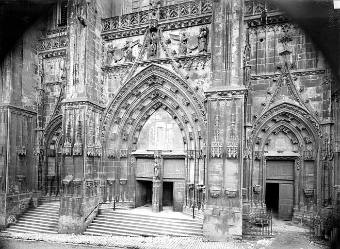 Eglise Portail de la façade ouest, Mieusement, Médéric (photographe),