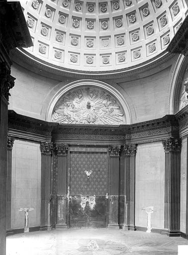 Château de Conflans (ancien) Chapelle : vue intérieure, Durand, Jean-Eugène (photographe),
