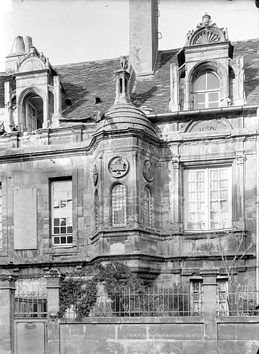 Hôtel dit de la Monnaie (ancien) Façade avec tourelle en encorbellement, Durand, Jean-Eugène (photographe),