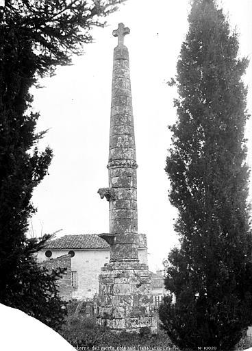Lanterne des Morts Côté sud, Mieusement, Médéric (photographe),