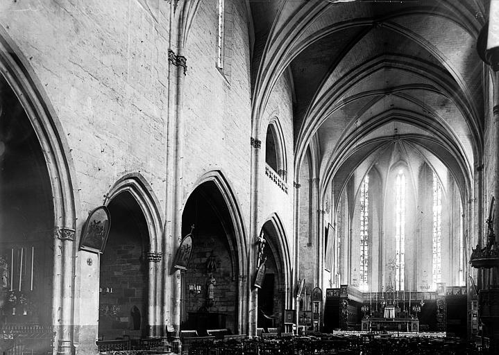 Eglise Notre-Dame (ancienne collégiale) Nef vue de l'entrée, Enlart, Camille (historien),