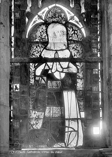 Cathédrale Notre-Dame Vitrail du choeur : Sainte Catherine, Mieusement, Médéric (photographe),