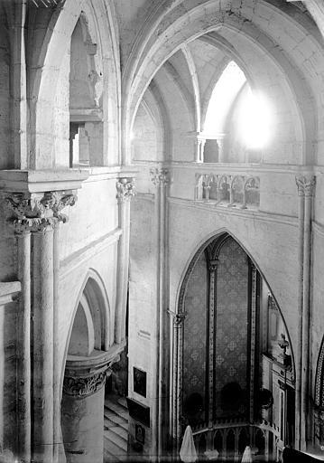 Eglise Saint-Paul-Saint-Serge Déambulatoire: partie haute, Enlart, Camille (historien),