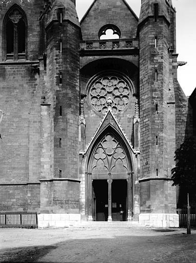 Eglise Saint-Jean de Malte Portail, Enlart, Camille (historien),