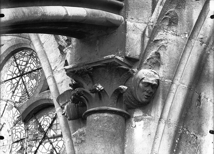 Cathédrale Notre-Dame Chapiteau et sommiers d'arcs, façade sud, Lajoie, Abel,
