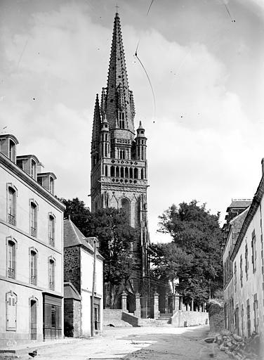 Eglise de Ploaré Clocher, Mieusement, Médéric (photographe),