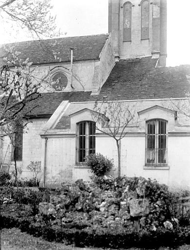 Eglise Partie de la façade sud, Chaine, Henri (architecte),
