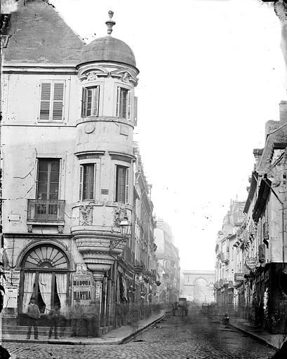 Hôtel Millière (ancien) Tourelle d'angle, Delaunay (photographe),