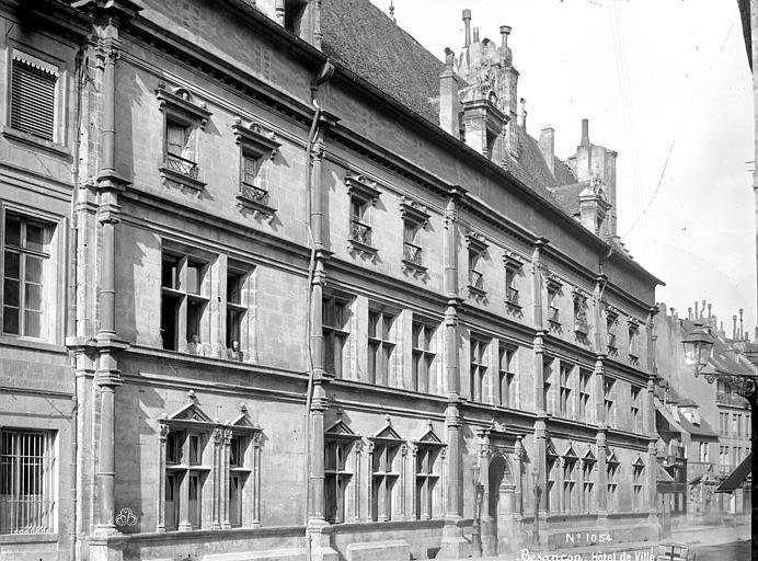 Hôtel de Ville Façade sur rue, Mieusement, Médéric (photographe),