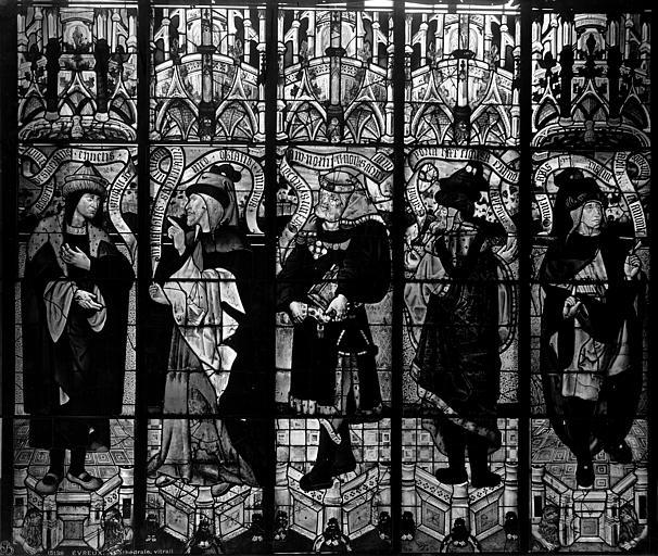 Cathédrale Notre-Dame Vitrail, bras nord du transept, évêques, après restauration, Leprévost (photographe),