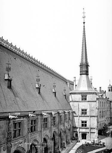 Palais Ducal (ancien) ; Musée Lorrain Tour et flèche, Mieusement, Médéric (photographe),