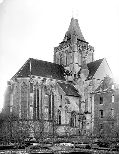 Eglise Saint-Taurin Angle nord-est, Mieusement, Médéric (photographe),
