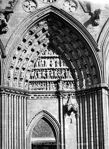 Cathédrale Notre-Dame Portail nord de la façade ouest : Tympan, Mieusement, Médéric (photographe),