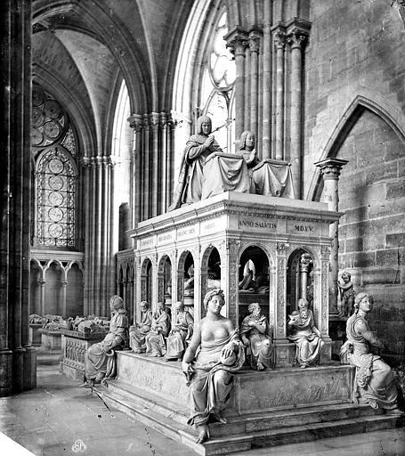 Basilique Saint-Denis Tombeau de Louis XII, Mieusement, Médéric (photographe),