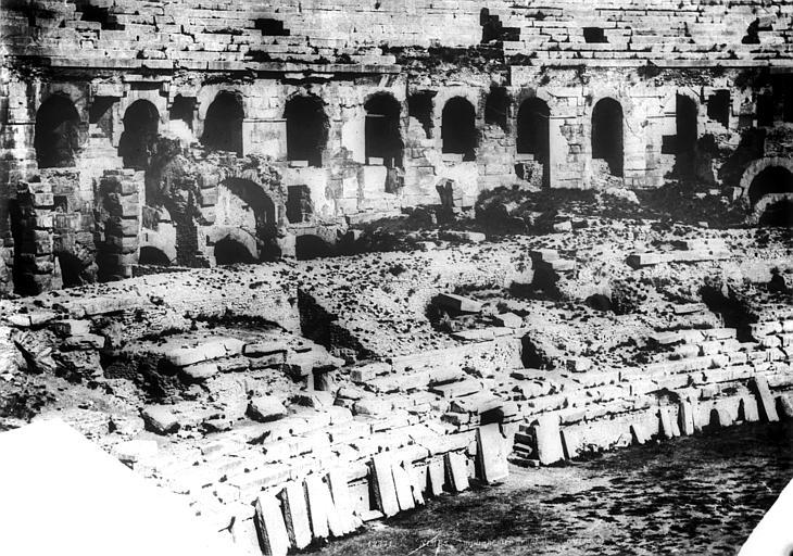 Amphithéâtre Vue intérieure (partie gauche du panorama), Baldus, Edouard (photographe),