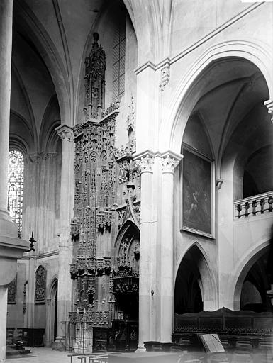 Cathédrale Notre-Dame Monument funéraire des évêques, Enlart, Camille (historien),