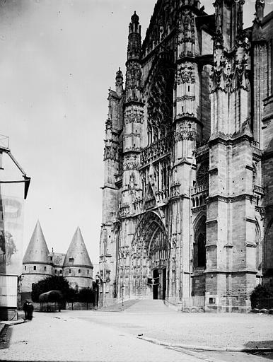 Cathédrale Saint-Pierre Transept, Enlart, Camille (historien),