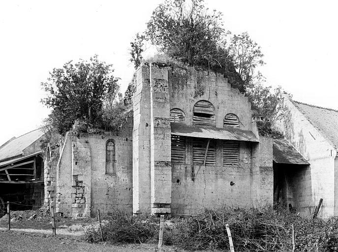Prieuré de Bellefontaine (restes) Eglise : Abside, côté est, Durand, Jean-Eugène (photographe),