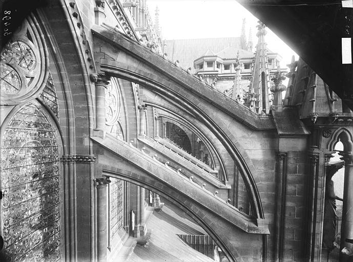 Cathédrale Notre-Dame Arcs-boutants de la nef, Lajoie, Abel,