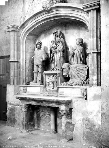 Cathédrale Saint-Sauveur Autel, retable, Mieusement, Médéric (photographe),