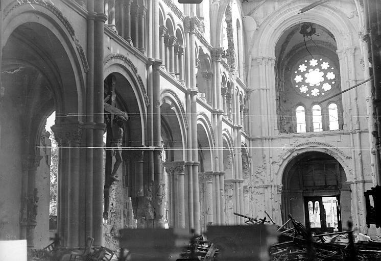 Eglise Saint-André Vue intérieure de la nef, vers le sud-ouest, Goubeau (photographe),