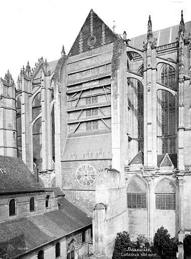 Cathédrale Saint-Pierre Façade nord, Mieusement, Médéric (photographe),