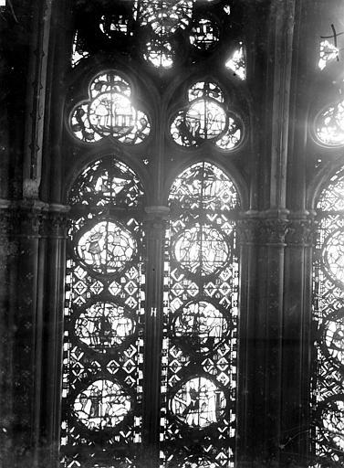 Cathédrale Notre-Dame Chapelles du choeur, vitrail H, Gaudin,