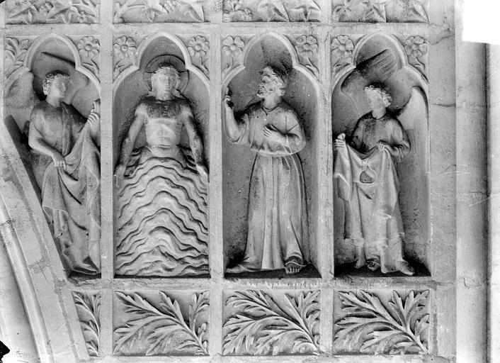 Cathédrale Revers du grand portail de la façade ouest, côté droit, sixième registre, Sainsaulieu, Max (photographe),