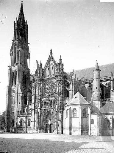 Eglise Notre-Dame Clocher et transept, Enlart, Camille (historien),