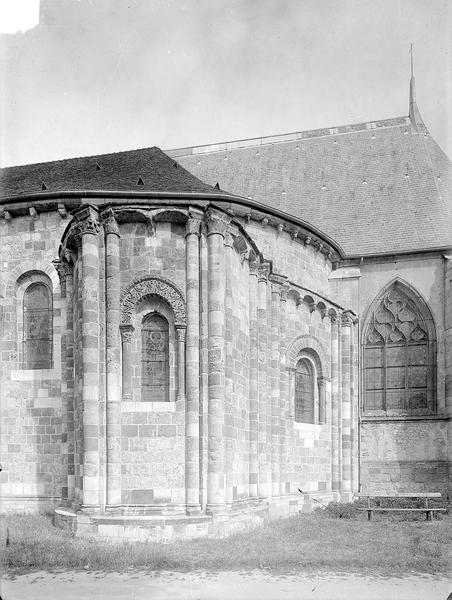 Eglise Abside au sud, Heuzé, Henri (photographe),
